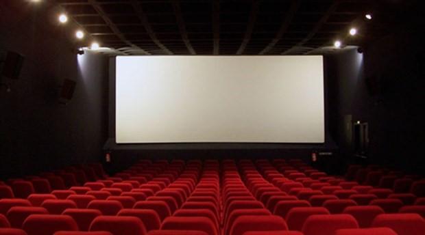 56 yönetmen ve yapımcı: Kamera önündeki ve arkasındaki bütün kadın arkadaşlarımızın yanındayız