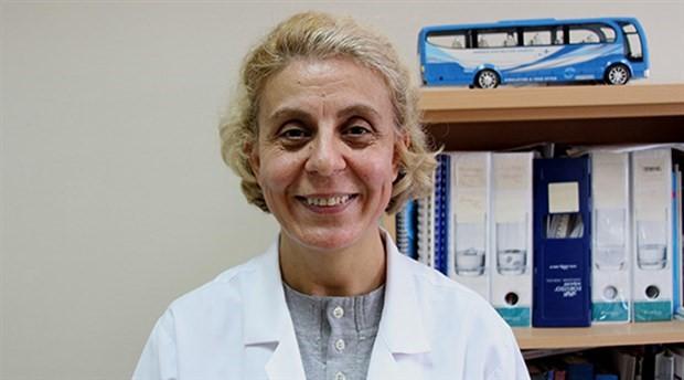 Prof. Dr. Canan Albayrak: Uçurumun kenarında düşmek üzere olan bir hastayı tutmamış oluyorsunuz