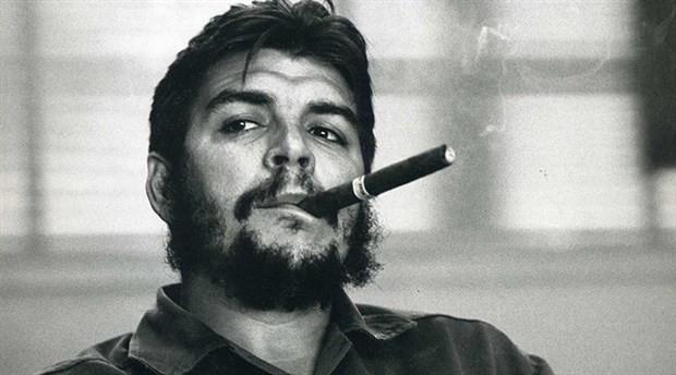 Che Guevara 90 yaşında