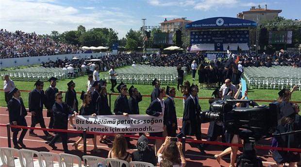 Boğaziçi mezuniyet töreninde protesto