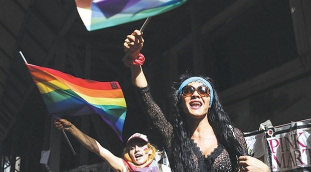 Onur Haftası Komitesi: 'Tüm renklerimizle sokakta olacağız'