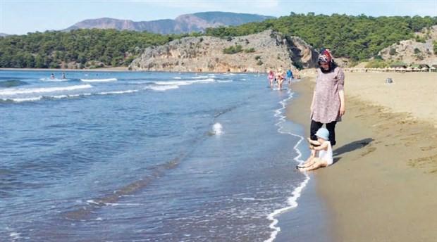 Plajların özelleştirilmesine karşı eylem: Kıyıları parası olanlar değil, herkes kullansın
