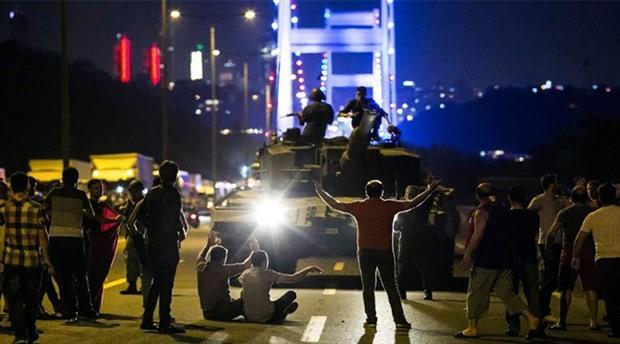 Emek ve meslek örgütlerinden 15 Temmuz açıklamaları: Darbelere ve baskıcı yönetimlere karşı demokrasi ve özgürlükleri savunacağız