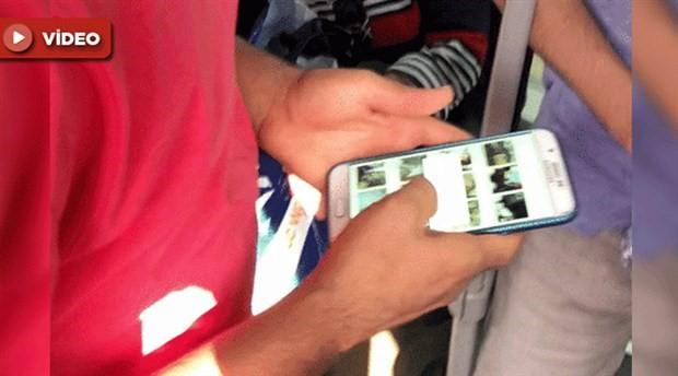 Metrobüste gizlice bir kadının fotoğraflarını çeken şahıs, yolcular tarafından yakalandı