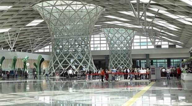 Havalimanındaki 'Solcu musun' sorusu Meclis gündeminde