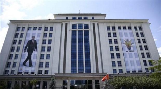 AKP'den 883 belediye başkanına dolar talimatı