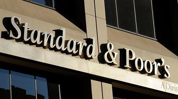 Standard & Poor's Türkiye'nin kredi notunu düşürdü
