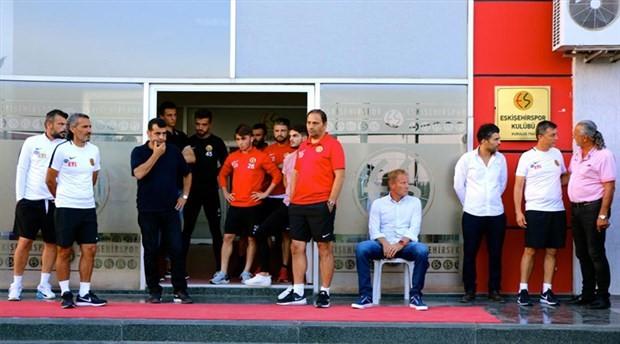 Eskişehirsporlu futbolcular antrenmana çıkmadı