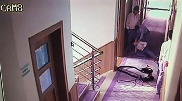 Merdivenden düştükten sonra oğlu ölen anne: Döverek öldürmüşler