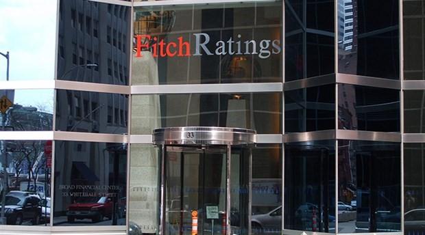 Fitch, Türkiye için büyüme tahminini düşürdü; 4 riske dikkat çekti