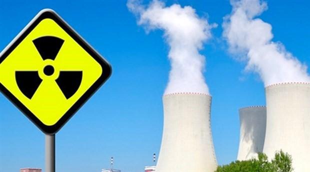 Özbekistan ile Rusya nükleer santral anlaşmasını imzaladı
