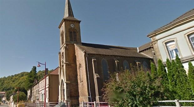 Asırlık kilise, cemaatsiz kaldığı için 190 bin avroya satışa çıkarıldı