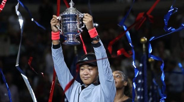 Tenis tarihinde bir ilk: Japon Osaka, Williams'ı yenerek ABD Açık'ta şampiyon oldu