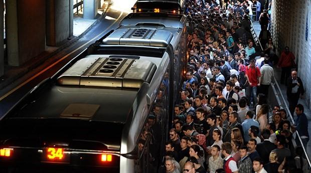 Okulların açılacağı gün toplu taşıma öğlene kadar ücretsiz