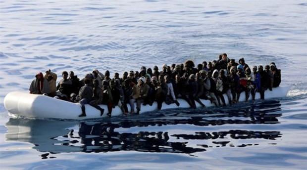 Libya'da göçmenleri taşıyan 2 lastik bot battı: 100'den fazla ölü
