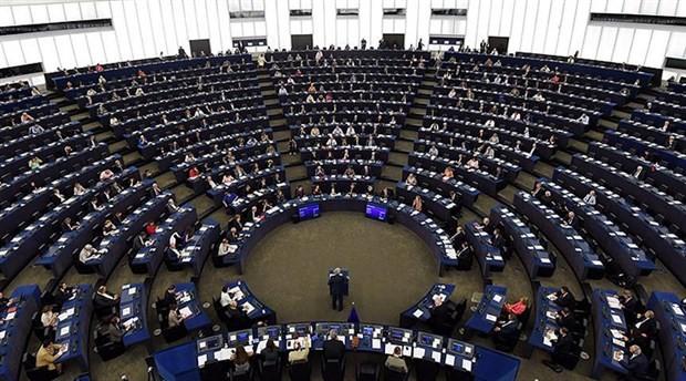 Avrupa Parlamentosu'ndan Macaristan'a yaptırım kararı