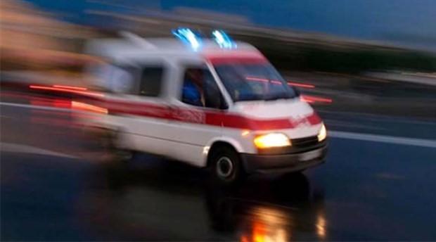 Manisa'da tarım işçilerini taşıyan midibüs devrildi: 31 yaralı