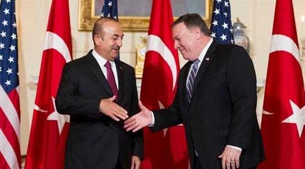 """Dışişleri Bakanı Mevlüt Çavuşoğlu, ABD Dışişleri Bakanı Mike Pompeo ile görüştü. Görüşmenin gündeminin, Rusya ile imzalanan""""İdlib mutabakatı"""" olduğu belirtildi.Çavuşoğlu, gün içerisindeKatar Dışişleri Bakanı Bin Abdulrahman Bin Jassim Al Thani ve İran"""