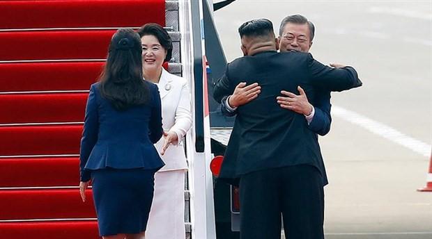Kuzey Kore ile Güney Kore liderlerinden samimi buluşma