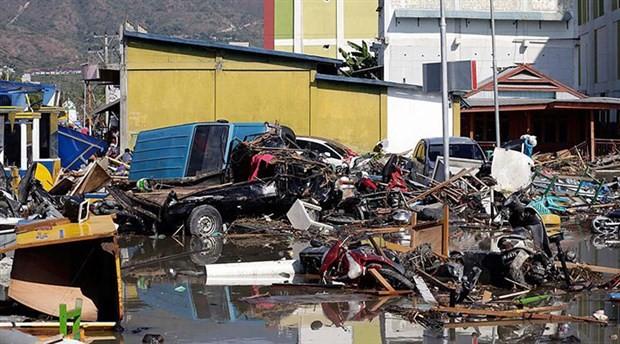 Endonezya depremi gözleri Pasifik Ateş Çemberi'ne çevirdi