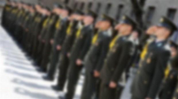 İYİ Partili Ümit Özdağ: Askeri okullara alınacak öğrencilerin isim listelerinin saraydan geldiğine dair ciddi iddialar var