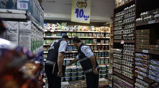 Bloomberg: Türk polisi markette diş macunu kontrolü yaparak enflasyonla mücadele ediyor