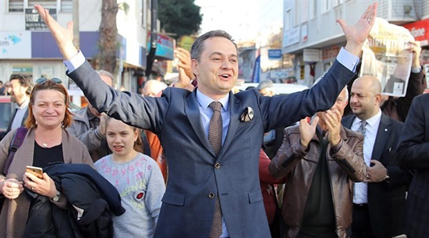 Gazeteci Gökmen Ulu, belediye başkanlığı için aday adayı oldu