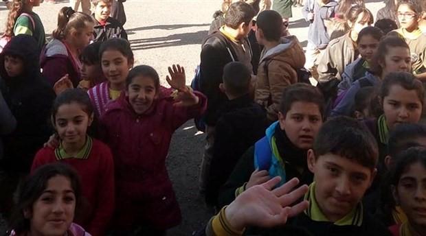 Kars'ta okulda yangın: 3 öğrenci dumandan etkilendi