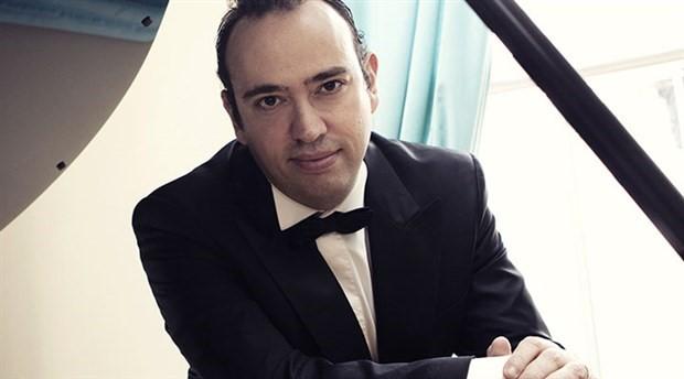 Şevki Karayel'den Darüşşafaka yararına konser