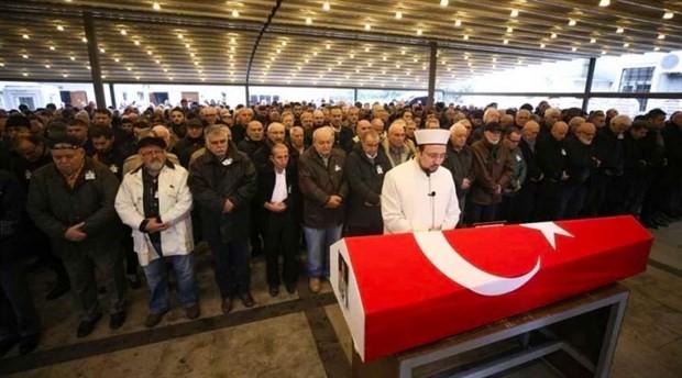 """Futbolda """"Hocaların hocası"""" olarak anılan Metin Türel toprağa verildi"""