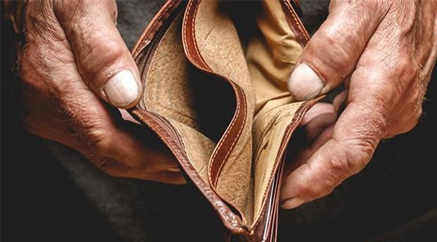 Orta gelir tuzağından fakirleşerek kurtulacağız