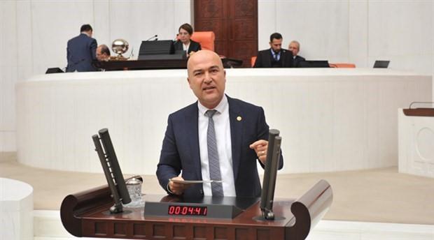 CHP'li Murat Bakan İzmir'de satılan kamu arazilerini sordu