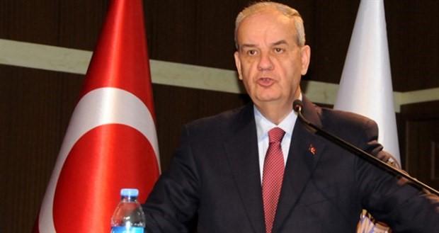 İlker Başbuğ: 'Türk halkı' derseniz ırkçı bir kavrama gidersiniz