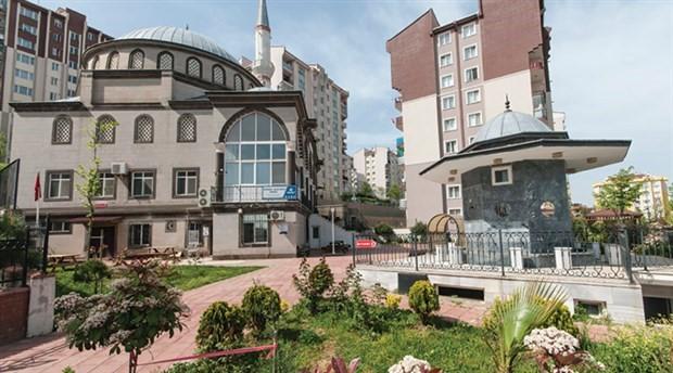 Cami imamı çocukları camiye çekmek için caminin altına BELNET şubesi açtırdı