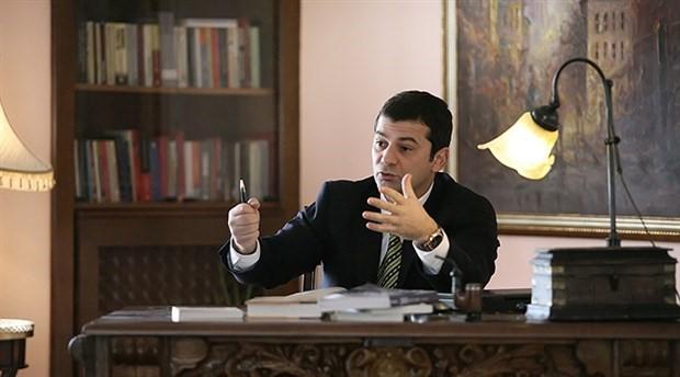 Cumhuriyet, Bartu Soral'ın yazılarına son verdi