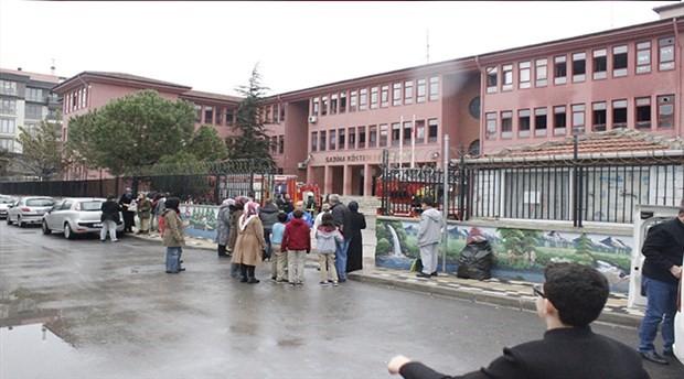 Bursa'da ilkokulda yangın paniği; yüzlerce öğrenci tahliye edildi