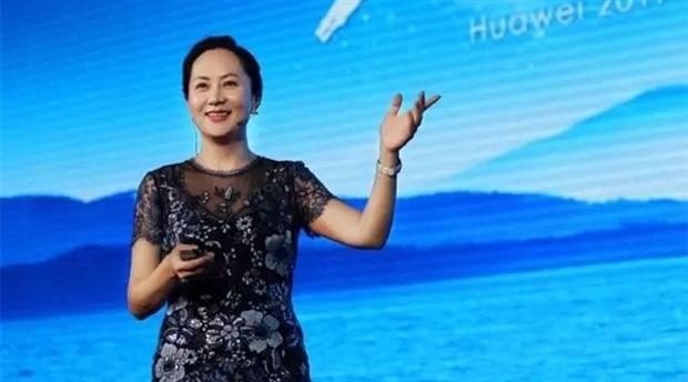 """Huawei'nin yöneticisi """"İran yaptırımlarını deldiği"""" gerekçesiyle tutuklandı"""