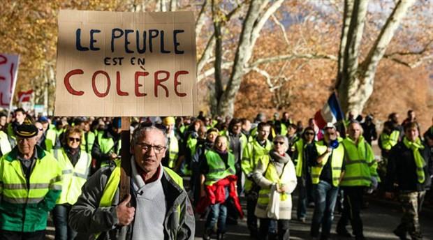 Fransa İçişleri Bakanı: Canavar yaratıldı, şiddete müsamaha göstermeyeceğiz