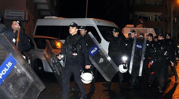 Diyarbakır'da HDP İl Başkanlığı'na ikinci baskın: 50 gözaltı