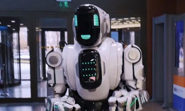Robot sandılar, insan çıktı