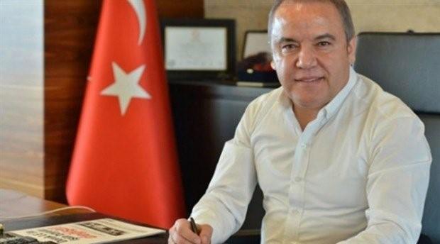 Antalya Büyükşehir Belediye Başkan adayı Muhittin Böcek kimdir?