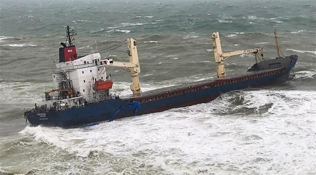 Şile'de kargo gemisi karaya oturdu: 16 mürettebat kurtarıldı