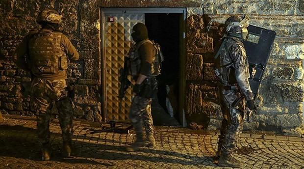 İstanbul'da IŞİD operasyonu: 19 gözaltı