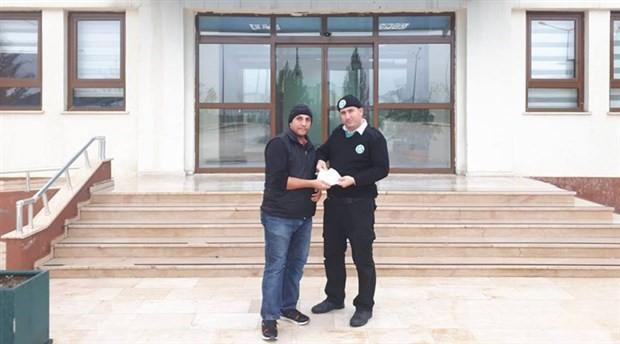 Urfa'da bir kişi bulduğu bir poşet parayı sahibine ulaştırdı