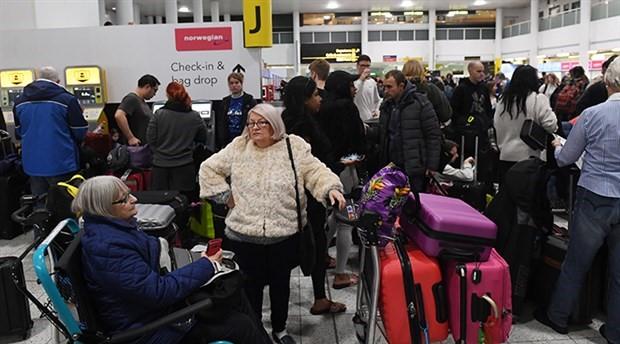 Gatwick Havalimanı'nda uçuşlar kısmen başladı