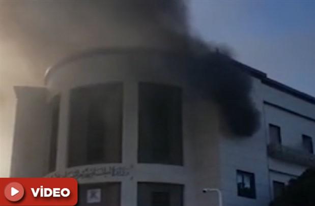 Libya Dışişleri Bakanlığına intihar saldırısı: 3 ölü, 11 yaralı
