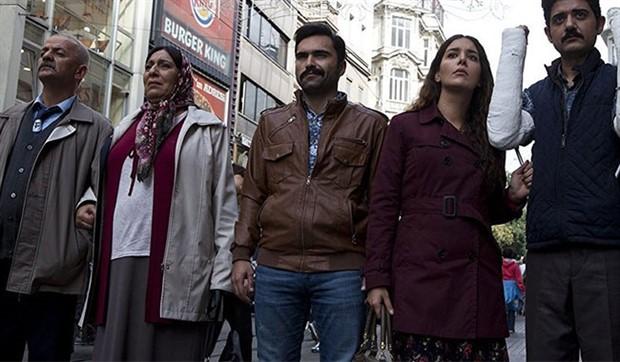 Atatürk repliğini kesen Star TV'den açıklama: Derin saygıdan ötürü