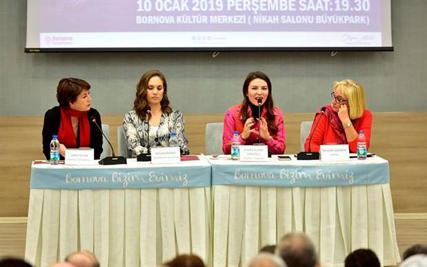 Kadın gazeteciler Bornova'da yurttaşlarla buluştu