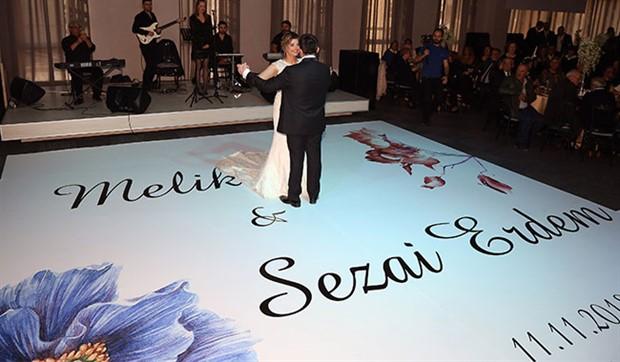 25 yıllık pedagogu düğün salonunda görevlendirdiler