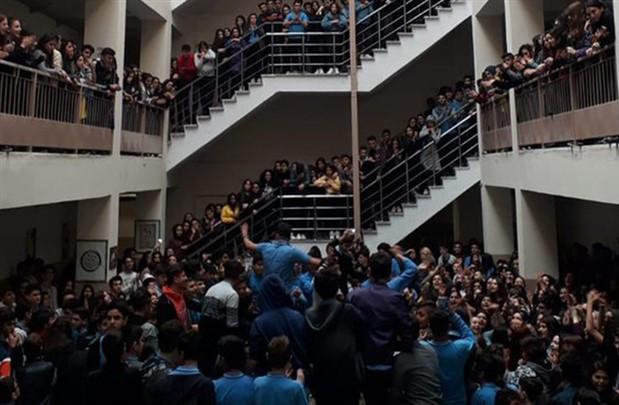 #TacizeHayır diyen öğrencilere 'takdir-teşekkür belgesi verilmedi'